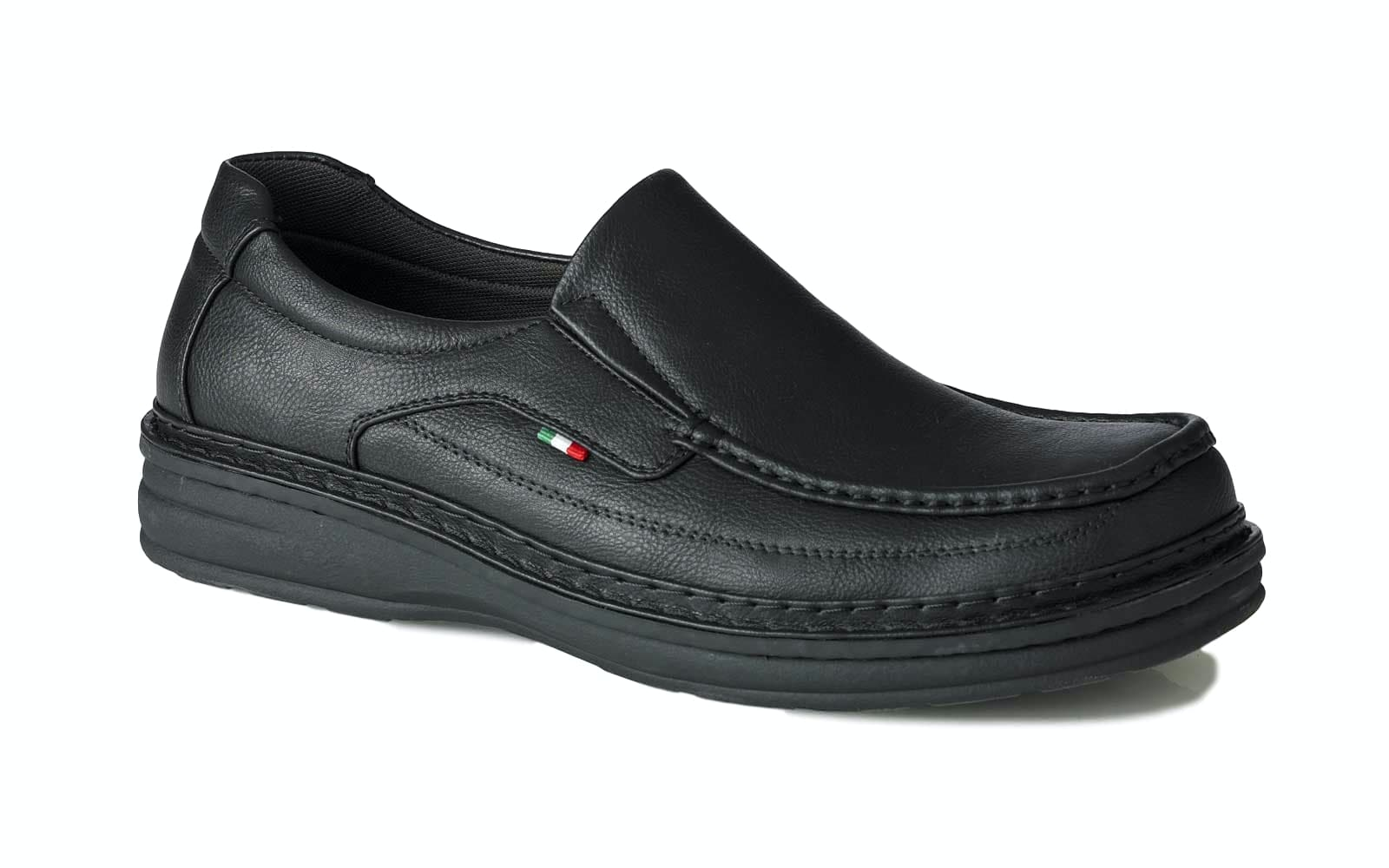 D555 Sonny Slip On Shoe Black
